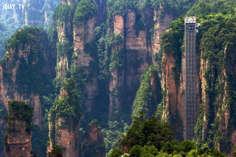 Bailong là thang máy ngoài trời ở Trung Quốc