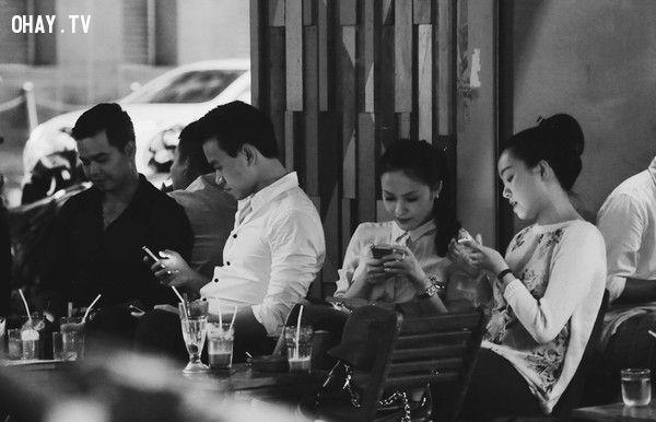 ảnh xã hội ngày nay,mặt trái của smartphone