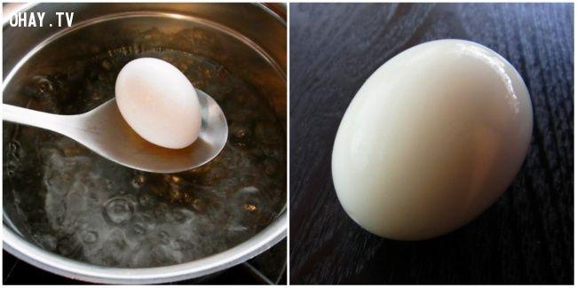 ảnh mẹo vặt nhà bếp,mẹo hay,luộc trứng,mẹo nhà bếp,mẹo vặt