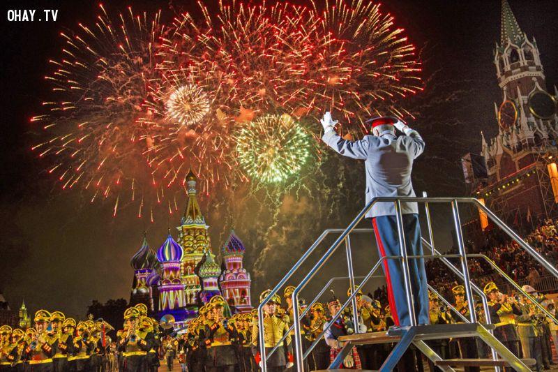 Pháo hoa và liên hoan âm nhạc quốc tế ở Moscow
