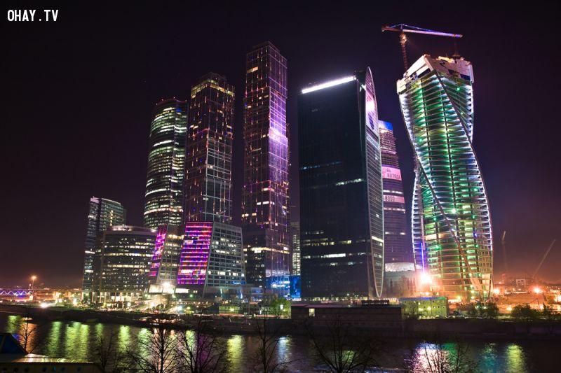 Trung tâm thương mại ở Moscow