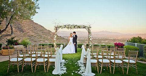 9 ý tưởng  DIY hay ho dành cho một đám cưới ngoài trời
