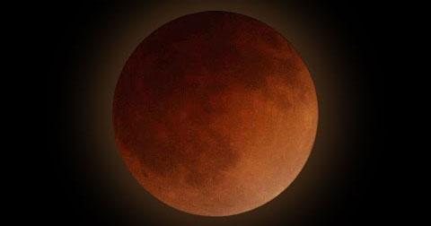 Ngắm siêu mặt trăng máu qua công nghệ 4K.