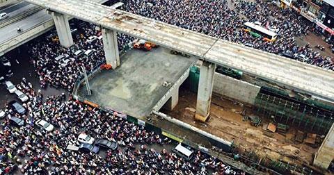 CHOÁNG VÁNG cảnh tắc đường LỊCH SỬ trên đường vành đai ba - Hà Nội