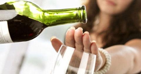 Rượu vang tốt cho sức khỏe phụ nữ mang thai?