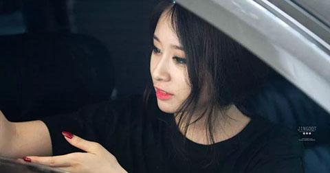 \'Mất máu\' với khoảnh khắc \'nghiêng\' hoàn hảo của JiYeon (T-ARA).