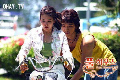 Ngôi nhà hạnh phúc phiên bản Hàn với sự xuất hiện của cặp đôi Song Hye Kyo và  Bi Rain đảm nhận vai nam - nữ chính nhận được nhiều lời khen ngợi