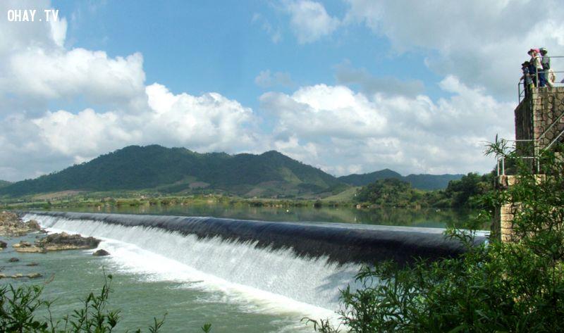 Đập Đồng Cam (huyện Phú Hòa) - Ảnh: Dương Thanh Xuân