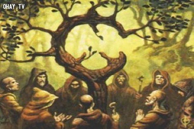 Druid và các thầy tu Celtic