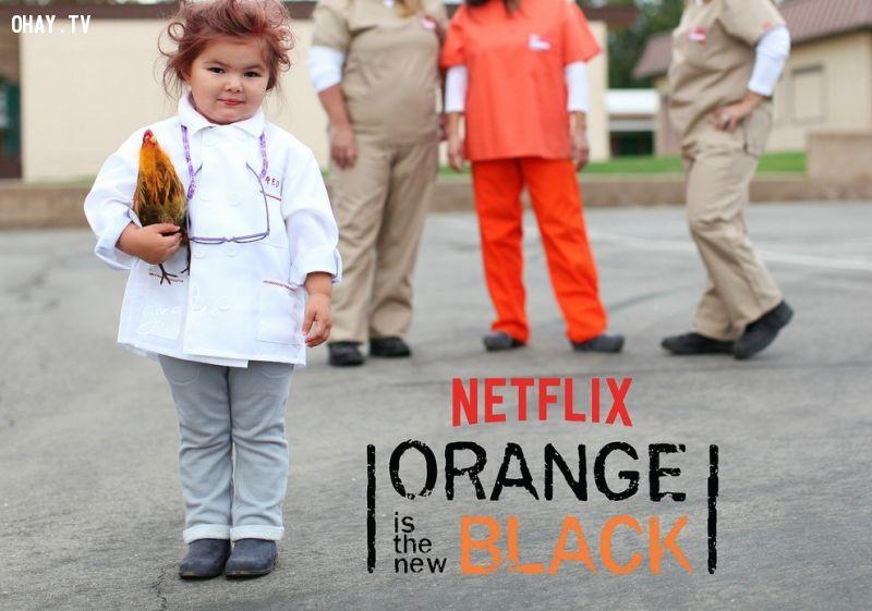 Hóa mình thành Nhân vật Red trong film Orange is the new black