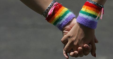 Những điều khiến những người Đồng tính ẩn mình trong bóng tối.