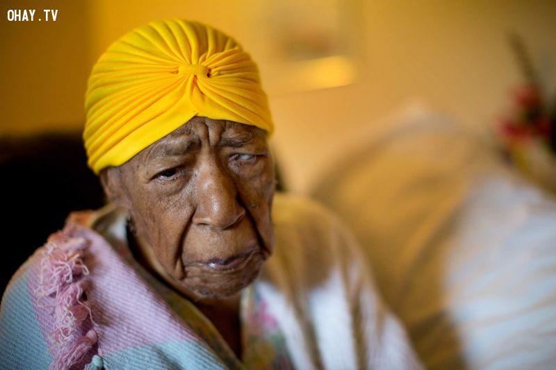 ảnh người già nhất thế giới,phụ nữ,người cao tuổi,người sống lâu,phụ nữ sống lâu,sống thọ