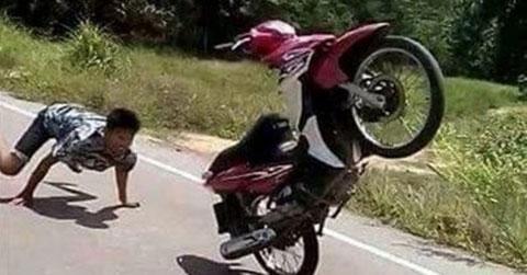 Chùm ảnh độc hài hước chỉ có ở Châu Á - Phần 1