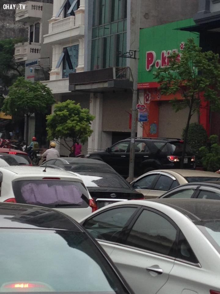 CHOÁNG VÁNG cảnh tắc đường LỊCH SỬ trên đường vành đai ba