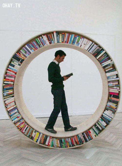 Giá sách hình tròn