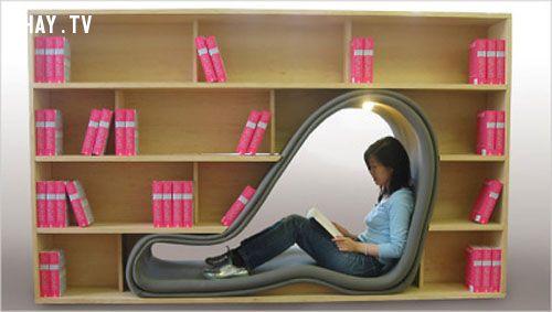 Giá sách có chỗ ngồi đọc bên trong