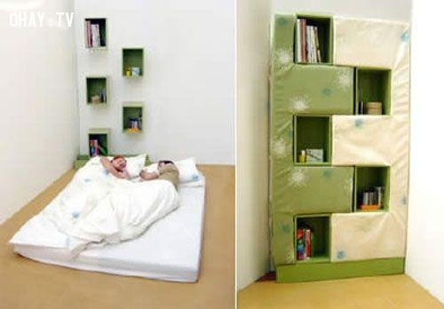 Giá sách bên giường
