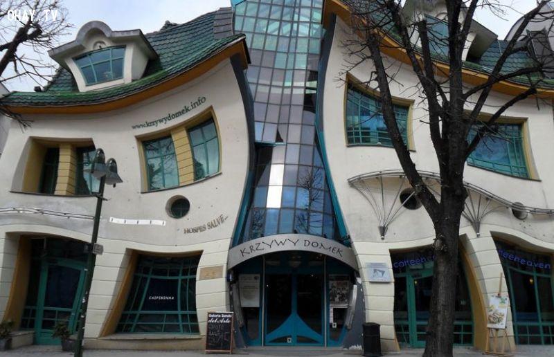 Những tòa nhà kỳ quặc nhất thế giới