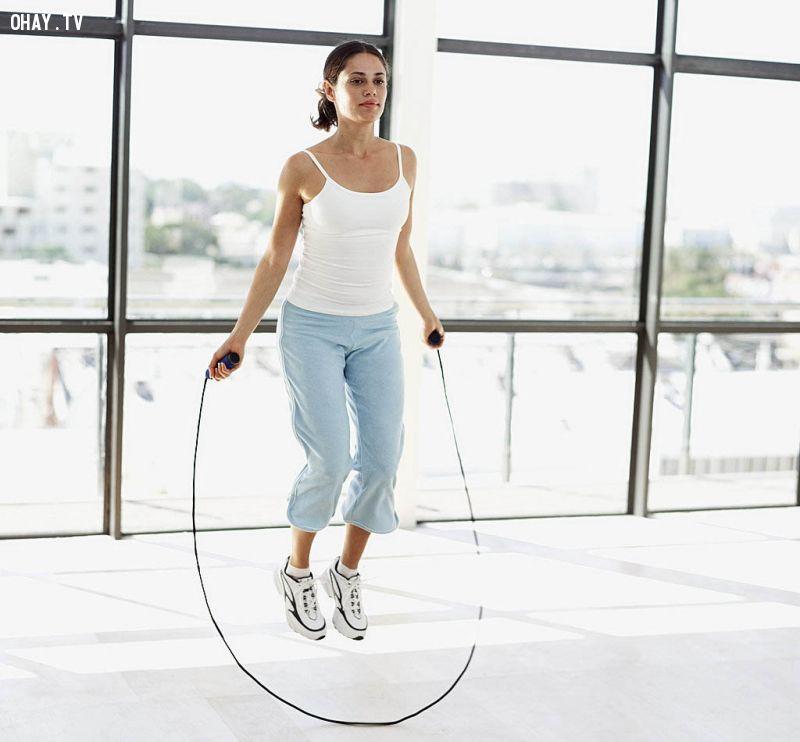 Nhảy dây giúp tim mạch, phát triển trí óc, tăng cường sức khỏe rất hiệu quả.