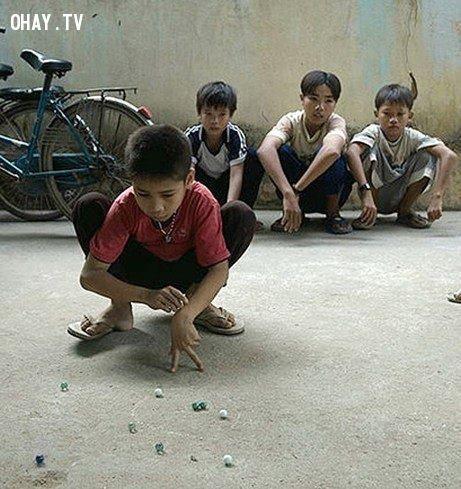 ảnh tuổi thơ,trò chơi tuổi thơ,tuổi thơ dữ dội