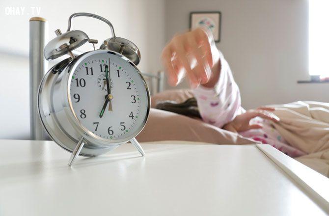 tránh ngủ một phía
