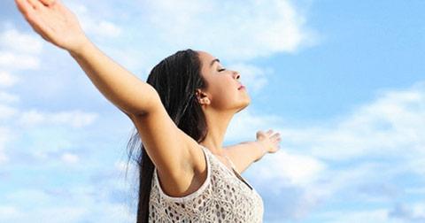 4 điều nên làm mỗi buổi sáng nếu bạn muốn sống mạnh khỏe tới già