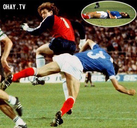 những tại nạn kinh hoàng nhất trên sân cỏ trong lịch sử bóng đá thế giới