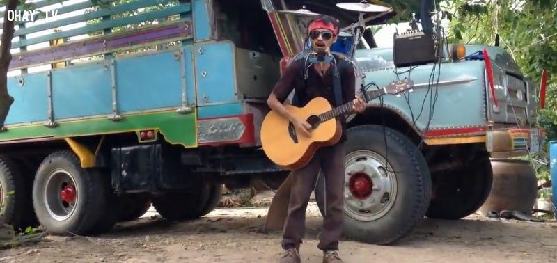 ảnh tài năng âm nhạc,chơi đàn