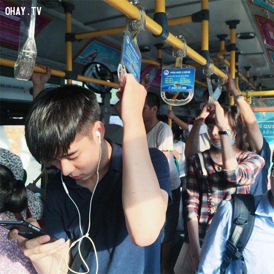 hotboy xe bus