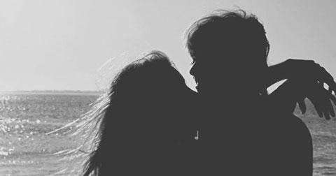 9 điều nên làm để anh ấy yêu bạn hơn