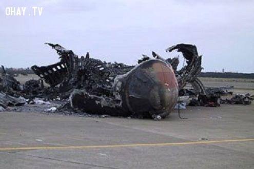 ảnh trùng hợp,kinh hoàng,máy bay rơi