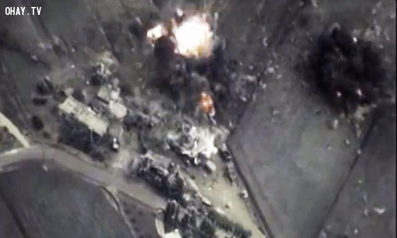 Cuộc không kích của Nga tại Syria (Theo AP)