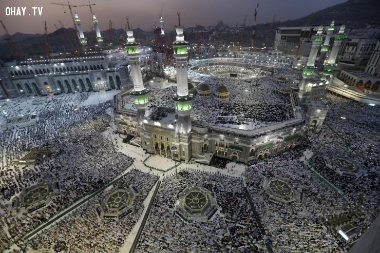 Đoàn người tại Thánh địa Mecca (Theo ibTimes)