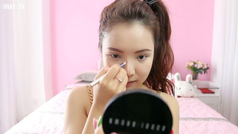 ảnh bí quyết trang điểm,bí quyết make up,make up,nghệ thuật make up