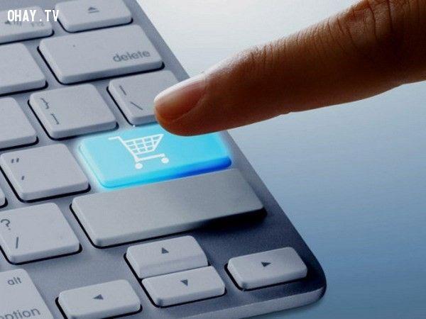 ảnh mua hàng trên mạng,mua hàng online,mua sắm online,tiết kiệm tiền,quản lý chi tiêu,mẹo mua hàng