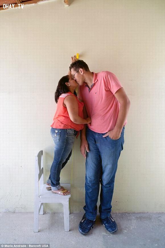 Phải chăng đây là cặp đôi có độ chênh lệch chiều cao lớn nhất?