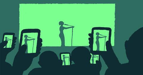 """Chúng ta """"nghiện"""" công nghệ đến mức nào?"""