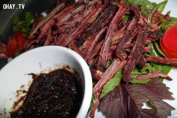 ảnh Thịt lợn hun khói,thịt treo gác bép,thịt lơn khô,thịt trâu treo gác bếp,mẹo nhà bếp