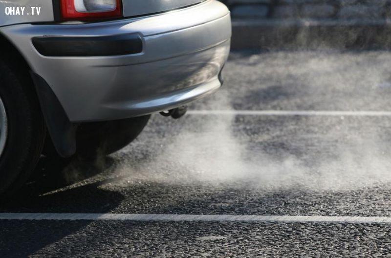 Vụ bê bối khí thải đẩy VW vào cuộc khủng hoảng nghiêm trọng (Theo autocar.co.uk)