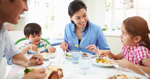 Làm thế nào để quan tâm con cái nhiều hơn trong khi quá bận rộn?