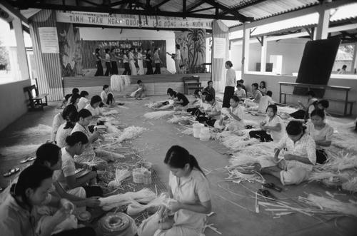 Hình minh họa gái mại dâm trong trại phục hồi nhân phẩm