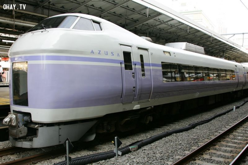 Ở Nhật, tự tử bằng cách nhảy qua đường sắt sẽ phải trả phí