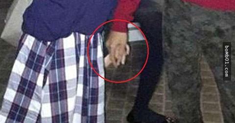 Ớn lạnh: Chàng trai nắm tay ai tại khu vui chơi Tokyo Disney?