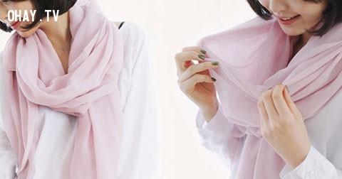 Hướng dẫn thắt khăn choàng đẹp cho bạn gái xinh lung linh đón tết