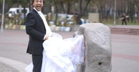 30 bức ảnh cưới hài hước và lố bịch đến mức khiến bạn phải cười nghiêng ngả