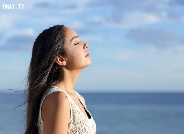 Quên hít thở một cách có ý thức .,