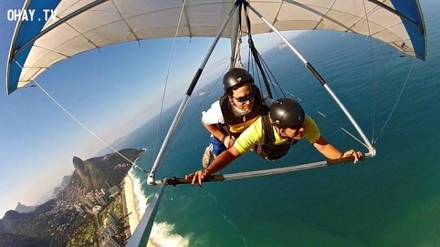 Tàu lượn trên không.,mạo hiểm,trò chơi,trò chơi mạo hiểm,lướt sóng