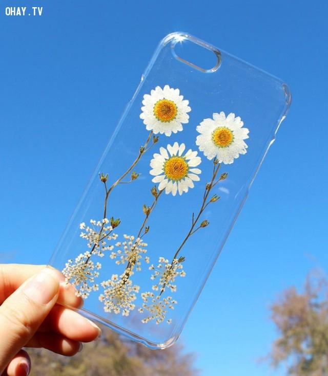 ,ốp lưng điện thoại,ốp điện thoại,ốp lưng,ốp đẹp,ốp lưng hoa khô,cách làm ốp lưng hoa khô