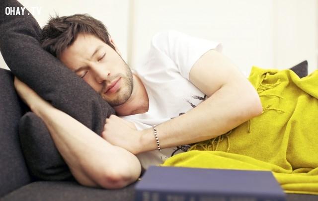 ,giấc ngủ,sức khỏe,tác hại