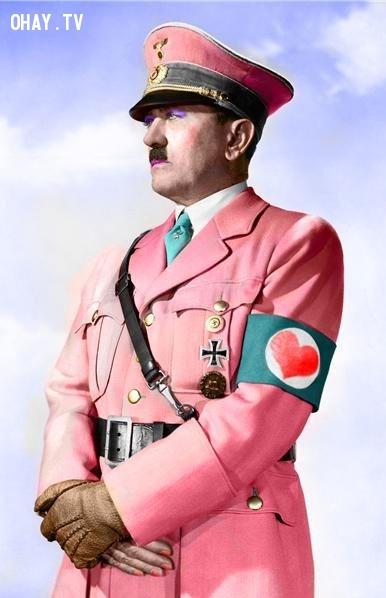 Các mật vụ Mỹ đã cố gắng cho chất kích thích tố nữ vào thức ăn của Hitler để biến ông thành ''yểu điệu thục nữ''.,sự thật thú vị,sự kiện hài hước